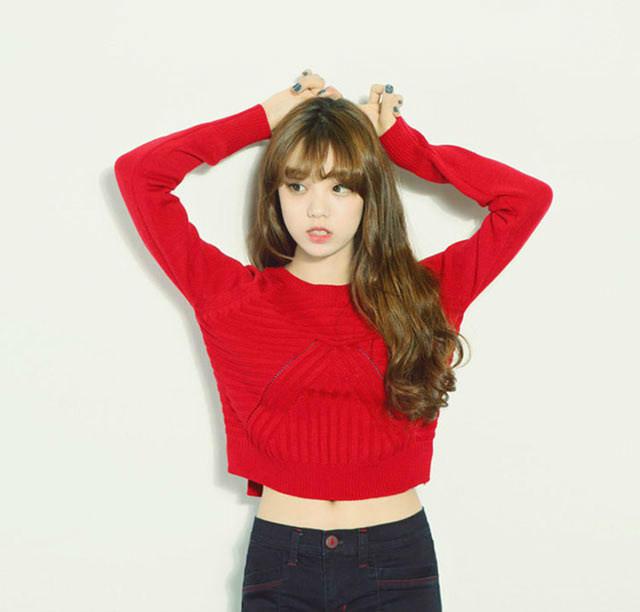 第7款:秋冬新款韩版前短后长开叉短款针织衫学院镂空打底大红毛衣