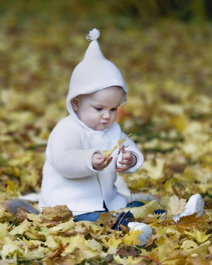 瑞典埃斯特拉公主婴幼儿粗针织连帽外套毛衣