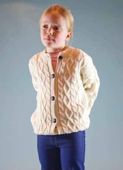 女童传统扭花圆领棒针开衫阿兰毛衣