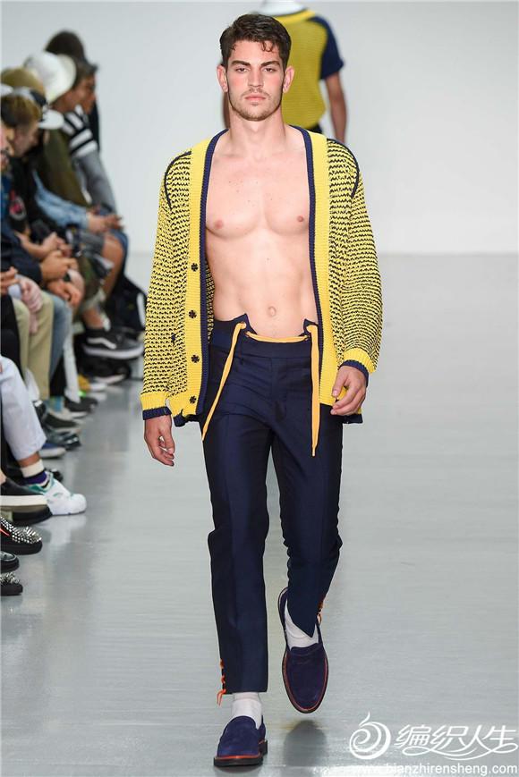 黄蓝夹色男士开衫毛衣