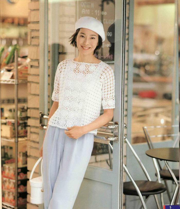 女士钩针白色拼花圆领套头短袖衫