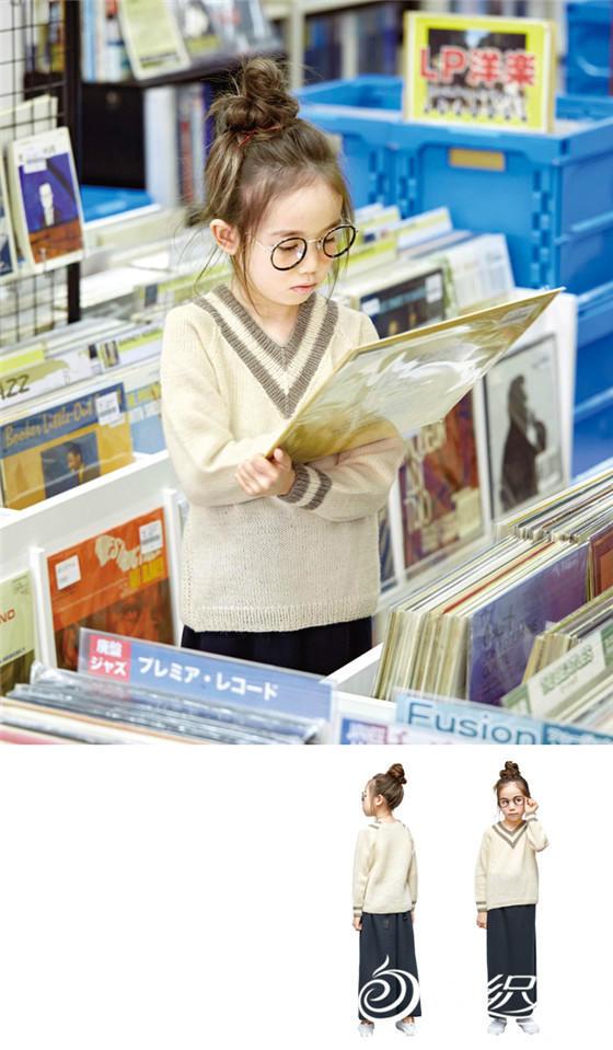 女童V领毛衣