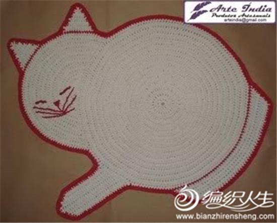 钩针白猫地垫