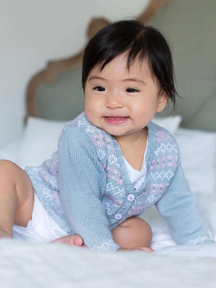 Sophie宝宝棒针小V领提花开衫毛衣
