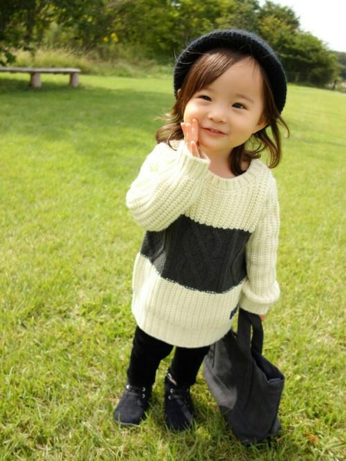 宝宝护耳帽编织视频_时尚宝宝毛衣秀及其时尚穿搭-编织人生