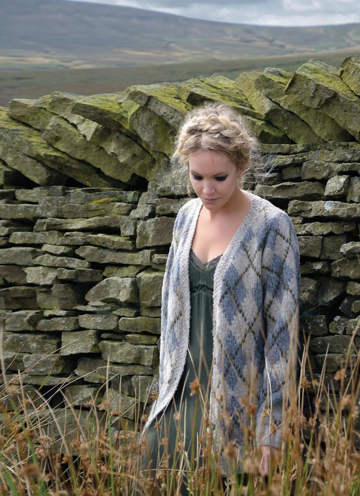 Agyle经典英格兰格子图案女士棒针开衫毛衣