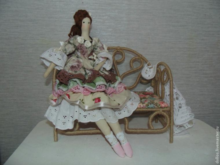 手工DIY娃娃长椅