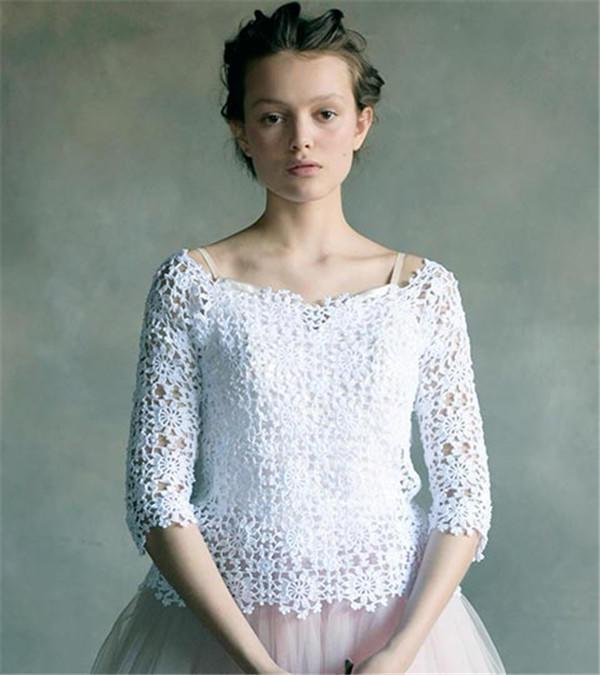 白色蕾丝钩花罩衫