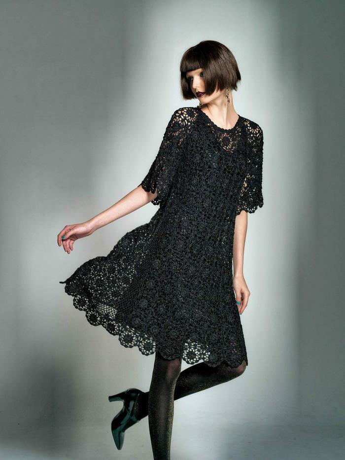 黑色女士钩针蕾丝长裙