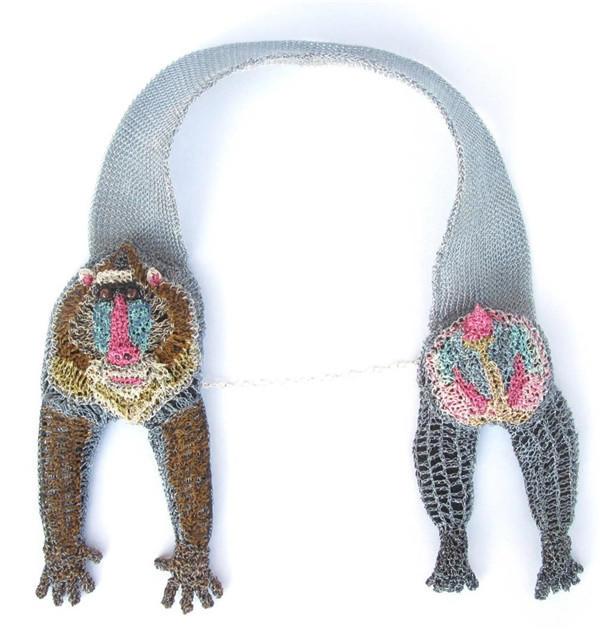 金属丝钩编项链