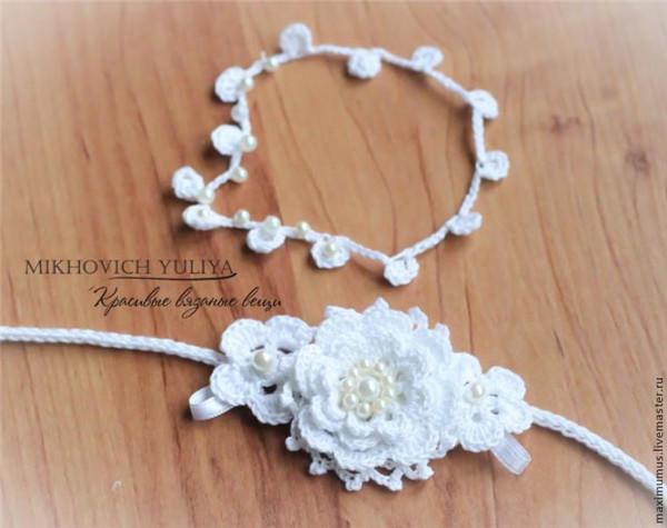 漂亮的腕饰就完成了,也可以用来做新娘手腕花或者
