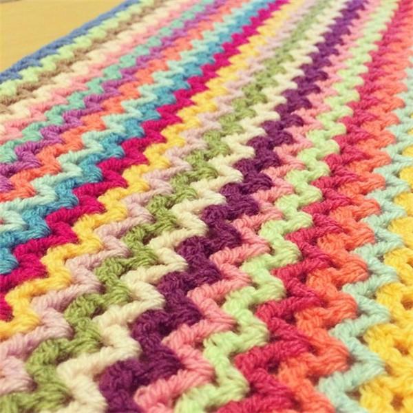 钩针彩虹毯
