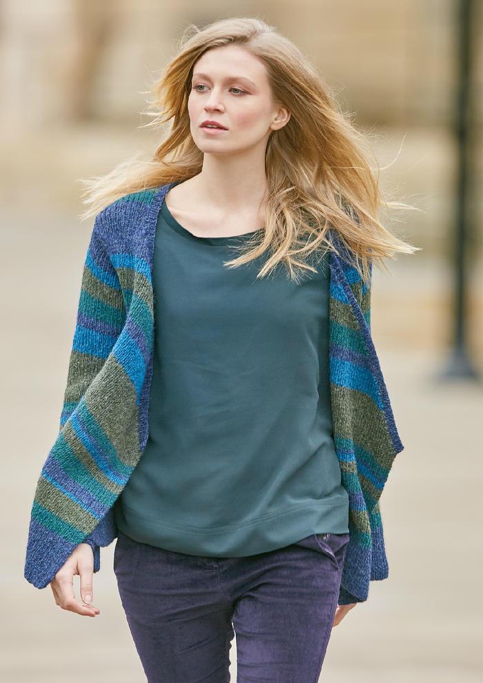 Eve(Jennie Atkinson)女士棒针系带休闲叠襟羊毛开衫