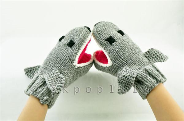 棒针鲨鱼手套