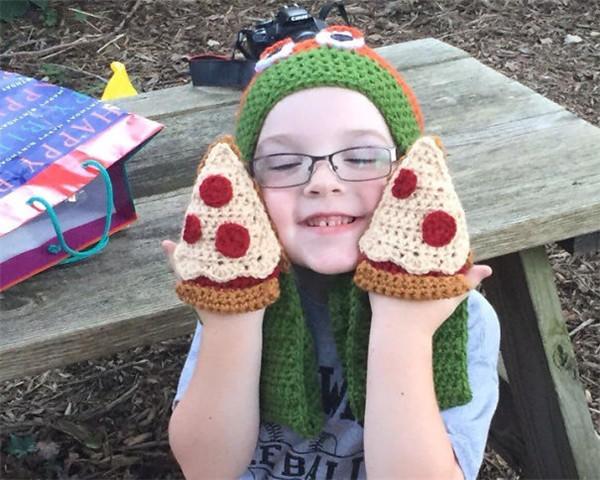 钩针披萨手套