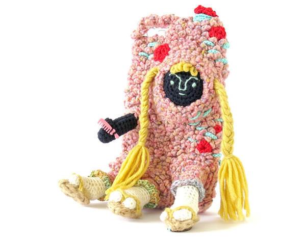 怪诞毛线编织物