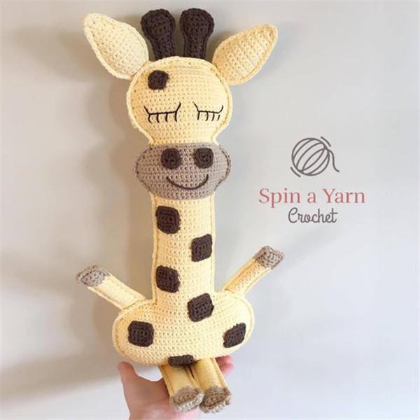 钩针长颈鹿
