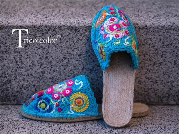 织绣结合棒针拖鞋