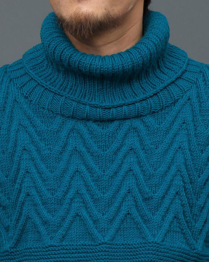 波浪城墙花纹男士棒针高领毛衣