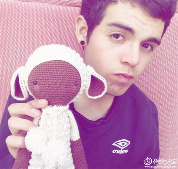Javier与lalylala娃娃