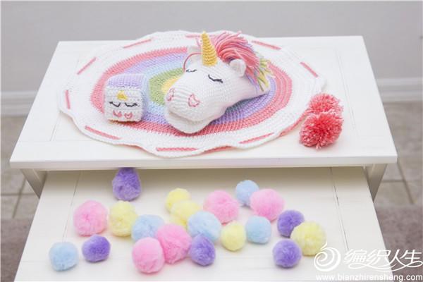 可收纳的毛线编织玩具毯