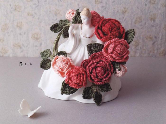 钩针玫瑰花环