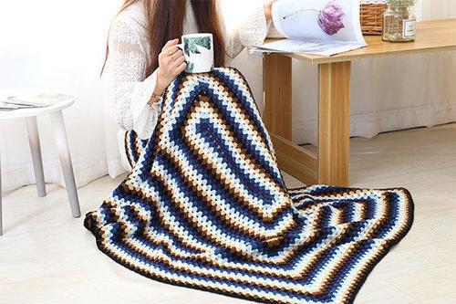 祖母方格钩针毯子