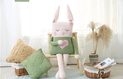 钩针兔子抱枕