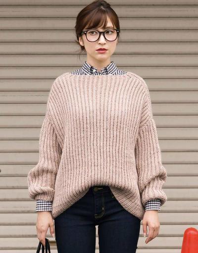 oversize风格女士棒针毛衣
