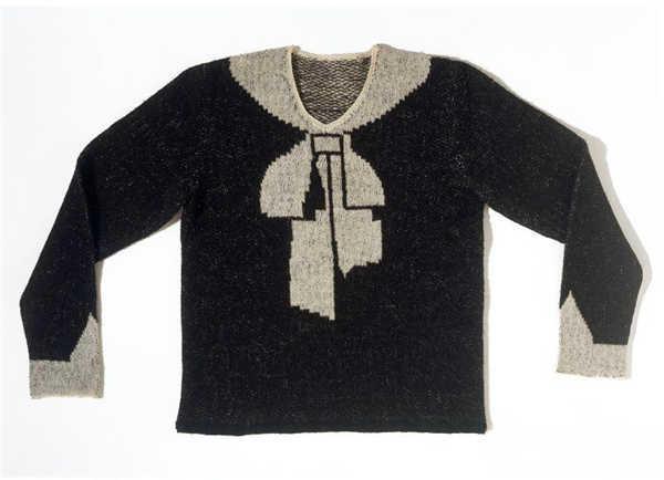 1927年。设计师Elsa Schiaparelli