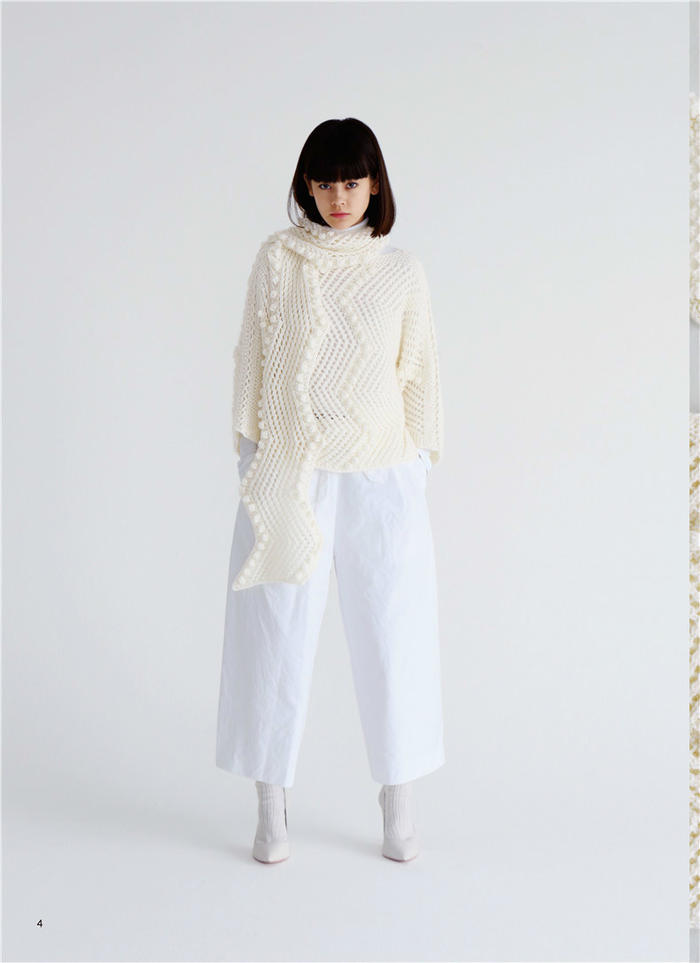 暴风雪毛衣和围巾