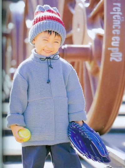 粗针织儿童棒针系带高领套头毛衣与帽子