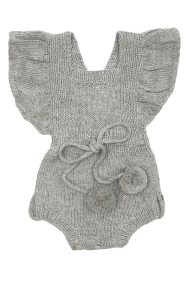 饰有荷叶边、pompom小绒球的连身衣