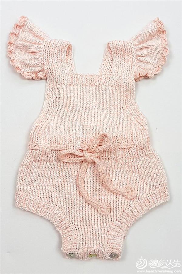 甜美可爱连身衣,较小的荷叶边装饰,宛若羽翼