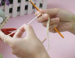 奔驰娱乐视频学堂第3集----锁针起针(2)别线锁针起针方法