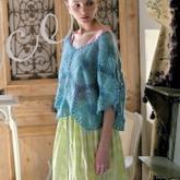 孔斯特蕾丝编织的花样美衣