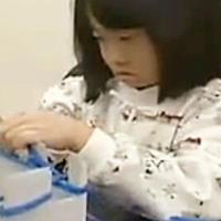 不用织针也可操作的简单编织围巾方法