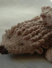 可爱的刺猬造型手套编织教程
