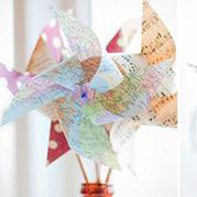 废旧地图折纸手工制作漂亮风车
