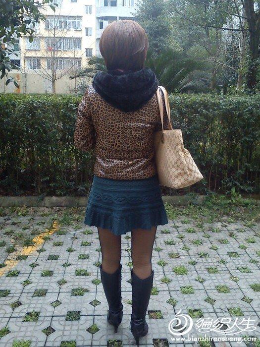 毛线编织超短裙之仿横.-编织人生移动门户