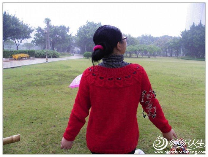 喜庆的大红猫头鹰外套 胖瘦老幼皆相宜