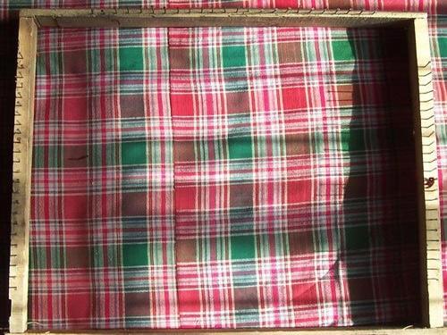手工旧毛线编织地毯具体方法