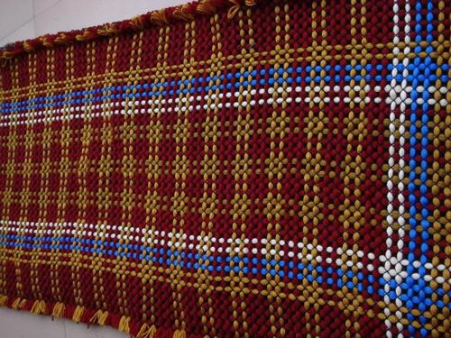 diy手工编结毛线地毯的方法-编织人生