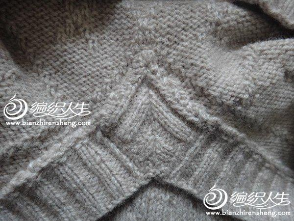 男士鸡心领毛衣图解_菱形纹男士小V领背心 棒针编织教程-编织教程-编织人生