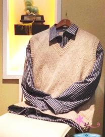 菱形纹男士小V领背心 棒针编织教程