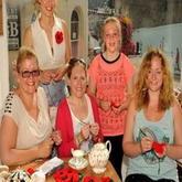 英小镇一战纪念活动 针织罂粟花