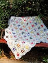 钩针编织蓝白色系温暖拼花小毯