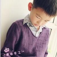 帅气小绅士休闲V领衫 棒针编织男童毛衣
