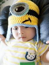 婴幼儿可爱小黄人套装 钩针编织宝宝帽与宝宝鞋