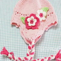 粉嫩钩针编织宝宝护耳帽